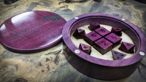 Dice box purple